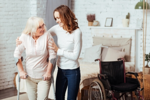 5 Ways That Home Health Care Helps Reduce Senior Fall Risks